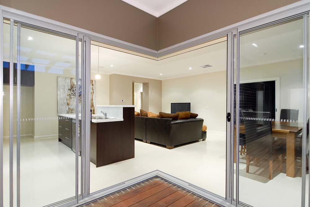 Photo-3-custom-home-vic-home-choice-melbourne-builder-Wildscotchman-Way-Cranbourne-East